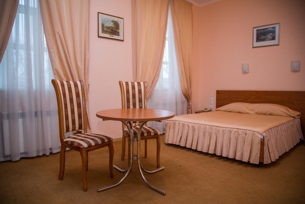 гостиницы в таганроге в центре