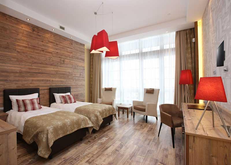 гостиницы поляны